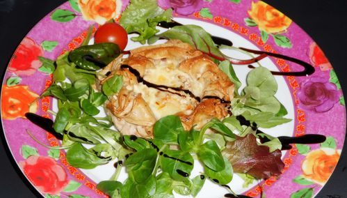 Camembert en croûte de brick aux pommes