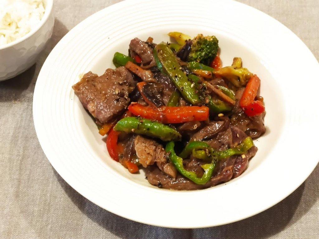 photo de Bœuf au poivre et aux légumes