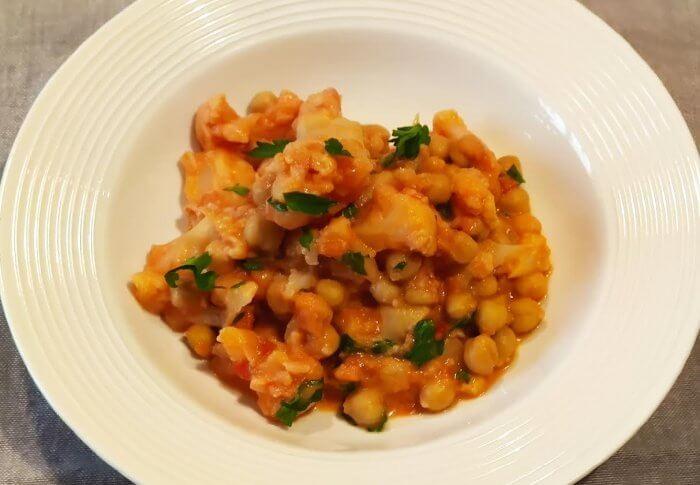 Curry au chou fleur et aux pois chiche