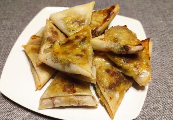 Samoussas au four à la viande hachée