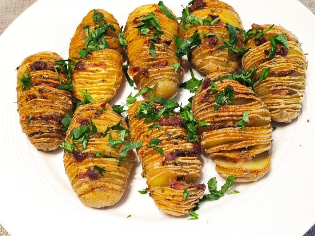 photo de Pommes de terre Hasselback aux lardons
