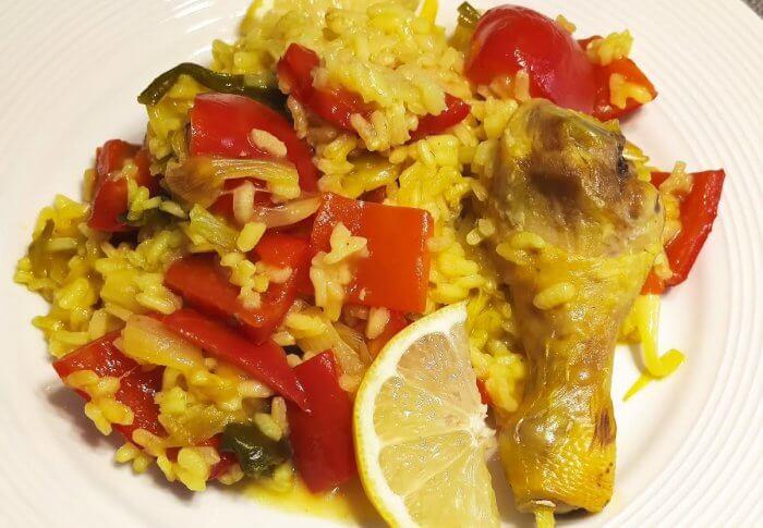 Riz aux poivrons rouges et au poulet