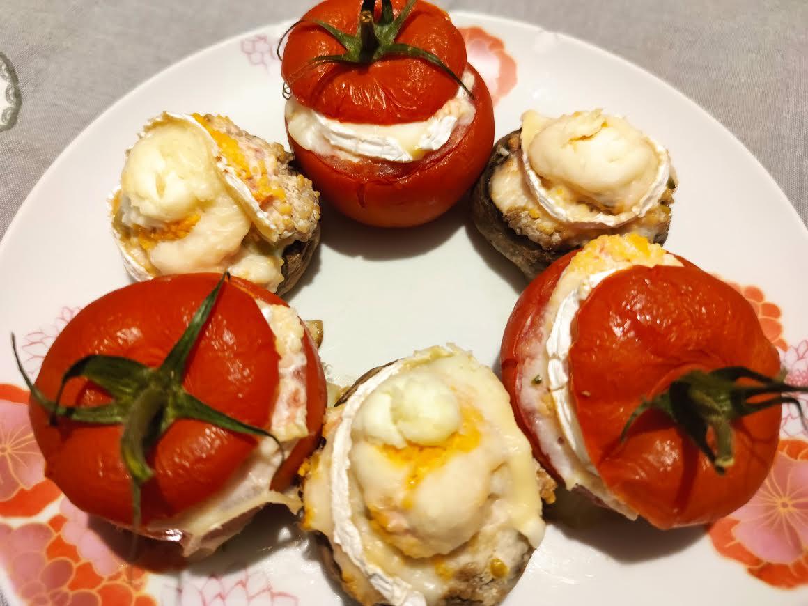 photo de Tomates et champignons farcis au chèvre